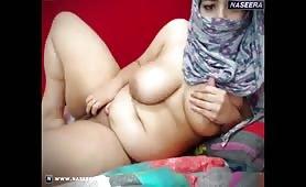 NASEERA.com-_layla_xx.mp4