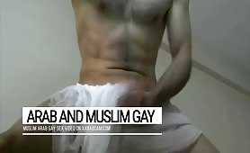 Arab gay dick dancer: athletic body, impressive cock, sex machine